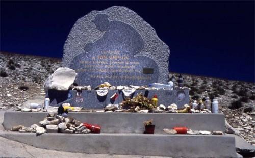 Monumento a Tom Simpson en Mont Ventoux