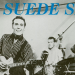 Carl Perkins graba «Blue Suede Shoes»
