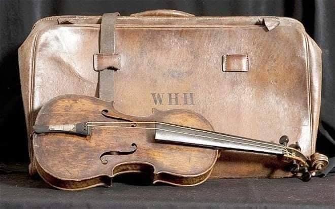 violin del titanic